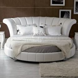 Modrest Venetian Sleigh Bed