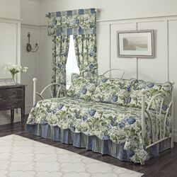 Floral Flourish Daybed Quilt Bedding Collection