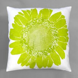 Flora Daisy Pillow
