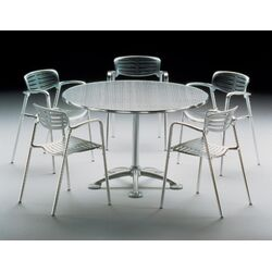 Pensi Disk Dining Table