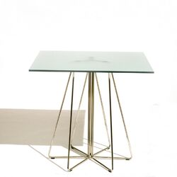 PaperClip Medium Square Caf� Table