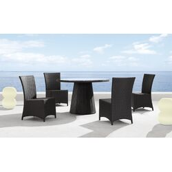 Avalon Outdoor Round Dining Table