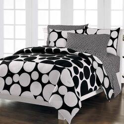 Spot the Dot Bed Set