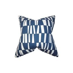 Iker Geometric Throw Pillow