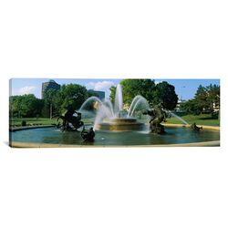 Panoramic Fountain in a Garden, J C Nichols Memorial Fountain, Kansas City, Missouri ...