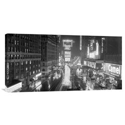 Rainy Night in Times Square' Photographic Print on Canvas
