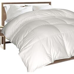 300 Thread Count White Down Blend Comforter
