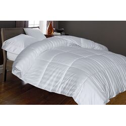 230 Thread Count Down Alternative Comforter