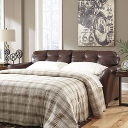 Santigo�Leather Sleeper Sofa