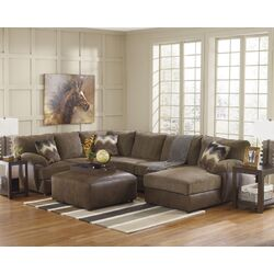 Cladio Right Sectional