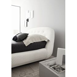 Eclipse Platform Bed
