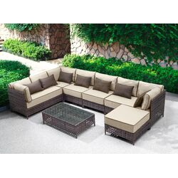 Pinery Sectional with Cushions