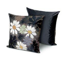 Orly Cushion