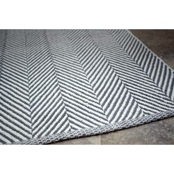 Bivouc Grey/White Mathew Area Rug