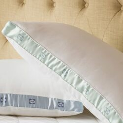 300 Thread Count Med Density Pillow