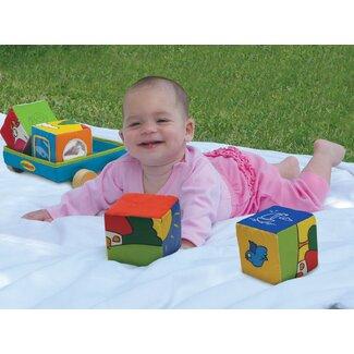 creative-baby-shower-gifts-edushape-fabric-wonder-cubes