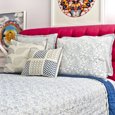Zetta 3 Piece Queen Quilt Set