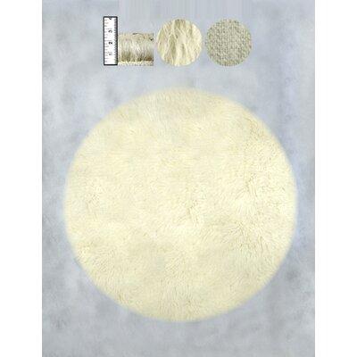 Hera Flokati Heavy Natural White Solid Rug Rug Size: Round 8