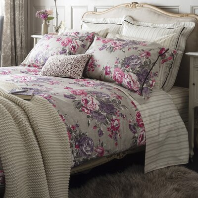 Bloomsbury Duvet Cover Size: Queen