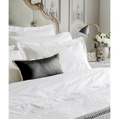 Chantilly Pillow Case Size: Standard, Color: White