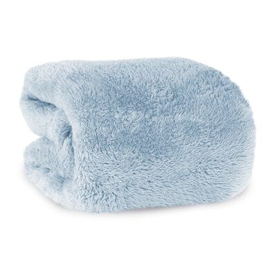 Extra-Fluffy Oversized Throw Color: Blue Mist
