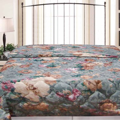 Crystal Hotel Jacquard Bedspread Size: King