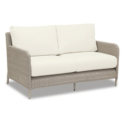 Manhattan Loveseat with Cushions