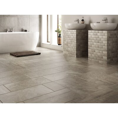 Newry 18 x 18 Field Tile in Silverstone