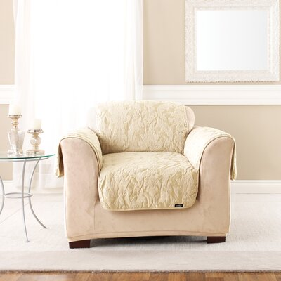 Matelasse Damask Box Cushion Armchair Slipcover Upholstery: Tan