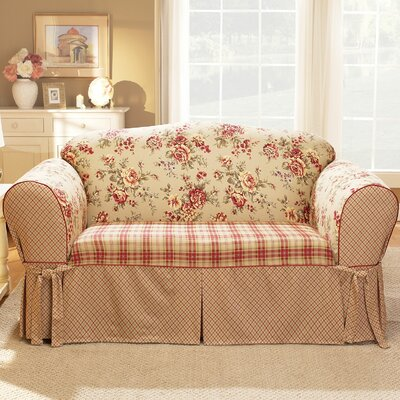 Lexington Loveseat Skirted Slipcover Upholstery: Red