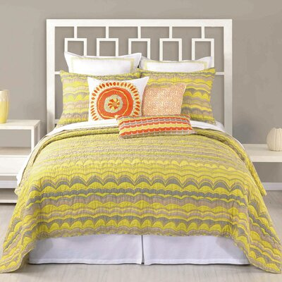 Wave Stripe Coverlet Size: Full/Queen