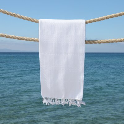 Sandspur Pestemal Beach Towel Color: White
