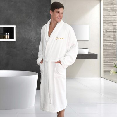 Travis Embroidery Groom Bathrobe Size: Double Extra Large, Color: Gold