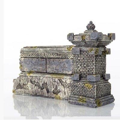 "Decorative Ubud Wall Aquarium Sculpture Size: 4"" H X 7"" W X 2"" D"