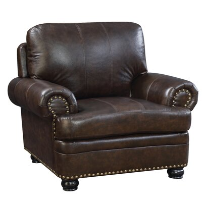Jagen Transitional Club Chair