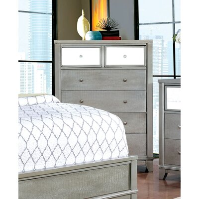 Ariadne Contemporary 4 Drawer Chest Color: Silver
