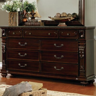 Kelly Traditional 9 Drawer Dresser