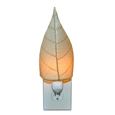 Leaf Night Light Color: Natural