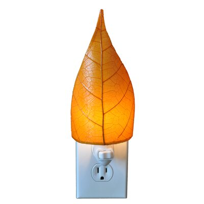 Leaf Night Light Color: Orange