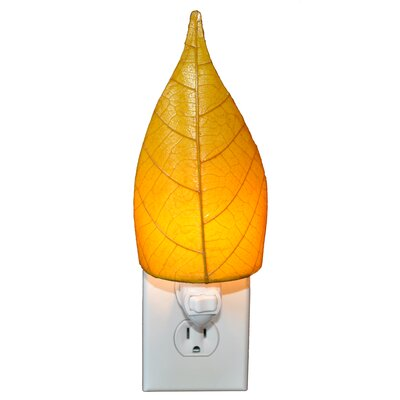Leaf Night Light Color: Yellow