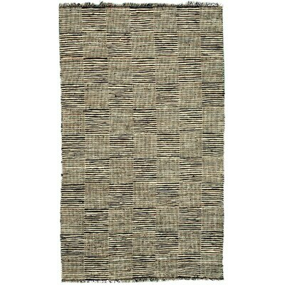 Vista Tan Area Rug Rug Size: 4 x 6