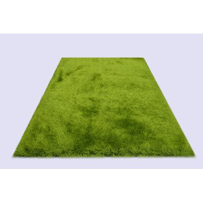 Milan Green Area Rug Rug Size: 79 x 99