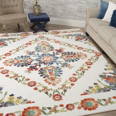 Tatyana Cream/Red Area Rug Rug Size: Rectangle 5 x 8