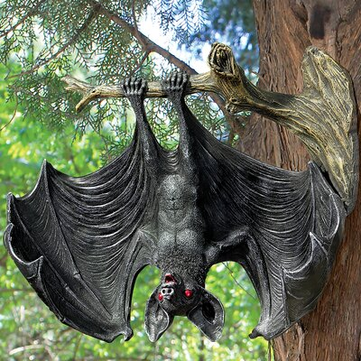 Demon of the Night Vampire Bat Statue CL6791