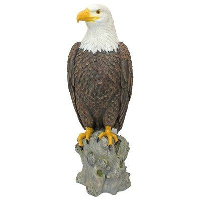 Majestic Mountain Eagle Garden Statue QM2810400