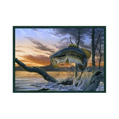 Wildlife Strike King Novelty Area Rug Rug Size: 3'1