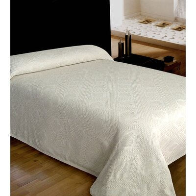 Jacquard Bedspread Size: Queen, Color: Natural