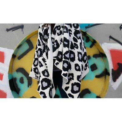 Cheetah Throw Blanket Color: Black/Aluminum/Milk