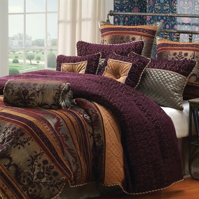Petra Comforter Set Size: King