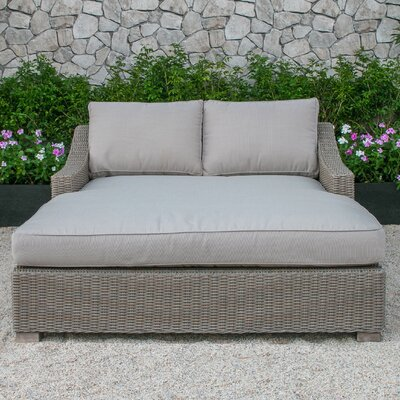 Naperville Daybed with Cushion